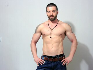 Amateur shows hd TheBeardedHunk